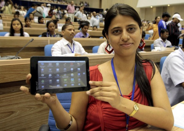 Aakash 2 : World's Cheapest Tablet